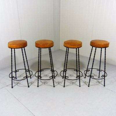 4 Bar Stools Wrought Iron 1