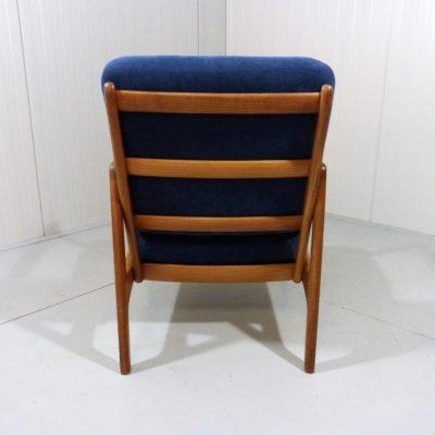 Ole Wancher Easy Chair FD109 Blue 1
