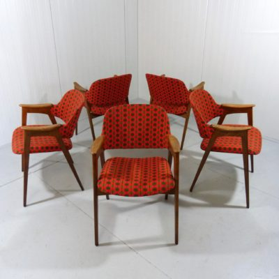 5 Wooden Chairs Redorange 1